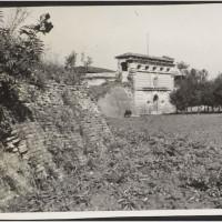 Il Forte Urbano nel 1930 ca. [Biblioteca Civica d'arte e architettura Luigi Poletti, POS 9236]
