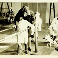 Attività all'Istituto Charitas, simile a quello di Villa Giardini per quanto riguarda gli abusi sui ragazzi ospiti [ISMO, APCMO]