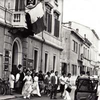 1968, delegazione di donne vietnamite in visita alla sede Strocchi