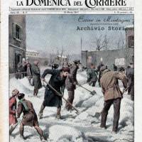 """La copertina de """"La Domenica del Corriere"""", 16 marzo 1947, ritrae la sindaca Tosetti che spala la neve"""