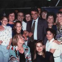22 giugno-1 luglio 1984. Rimini-Miramare. Festa Nazionale de L'Unità al mare. Gruppo di compagne e compagni con l'on. Achille Occhetto