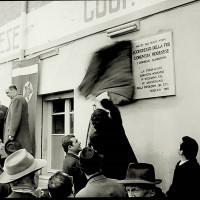 Viene scoperta la targa in memoria del primo congresso clandestino del PCd'I, 1966.  [ISMO, AFPCMO]
