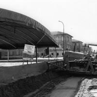 22 giugno-1 luglio 1984. Rimini-Miramare. Festa Nazionale de L'Unità al mare. I lavori sulla spiaggia per allestire l'area della Festa