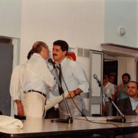 11 luglio 1986. Rimini, INA Casa. Il Segretario della Federazione Sergio Gambini accoglie l'on. Renato Zangheri. Seduto al tavolo l'on. Maurizio Migliavacca, del PCI regionale
