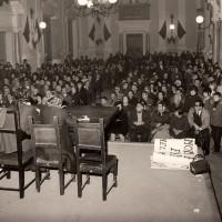 Portale 68viaEmilia.it - Manifestazione organizzata dall'UDI in salone comunale contro la fame nel Mondo, 1967