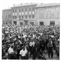 1967. Manifestazione braccianti e comizio Lega cooperative