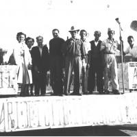 Sfilata del carro allegorico della CGIL, in apertura alla festa provinciale del 1948  [ISMO, AFPCMO]