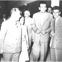 1957, Togliatti in occasione del festival nazionale a Modena visita la Casa del giovane