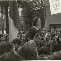 Manifestazione presso il Calzificio Bloch, al centro Marisa Piccinini, 1947