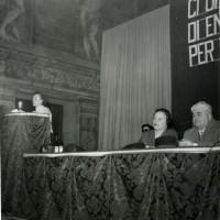 Archivio UDI Bologna 8 marzo 1955 con sindaco Giuseppe Dozza, on. Nilde Iotti, Diana Sabbi