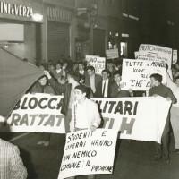 Manifestazione per le vie del centro, Modena [ISMO, AFPCMO]