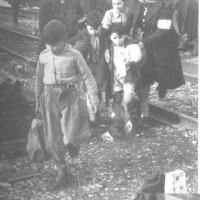Accoglienza dei bambini del sud, Modena, 1948 [Fondo Camera del lavoro di Modena, Archivio Fotografico, Archivio Istituto storico di Modena, Modena]