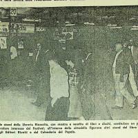Articolo de L'Unità sullo stand della Libreria Rinascita alla festa de l'Unità del 1966 [ISMO, APCMO]