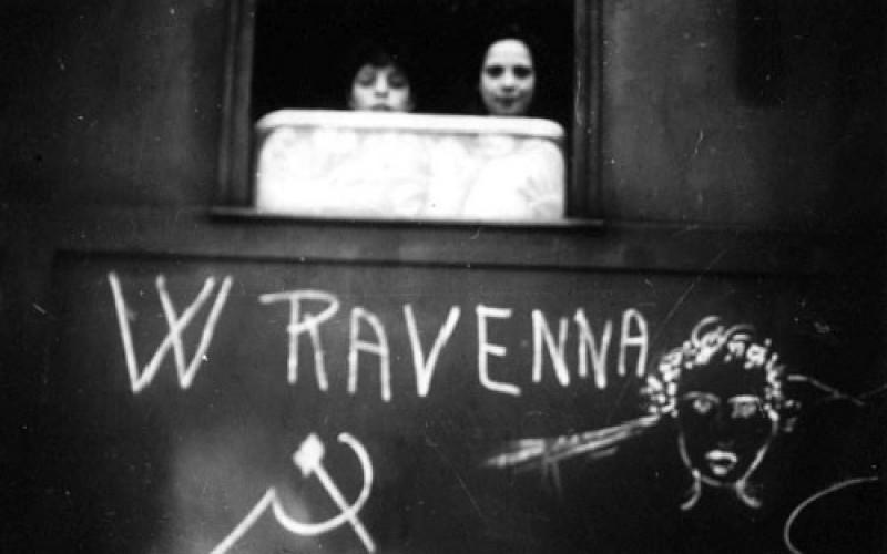 """Ravenna, Stazione ferroviaria - """"Treni della Felicità"""""""